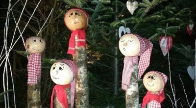Personnage en bois de noel dans les rues de Dangolsheim