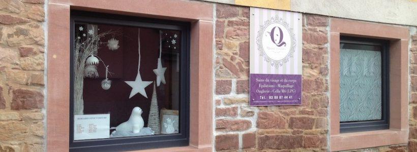 La vitrine de l'institut de beauté Quintessence à Westhoffen
