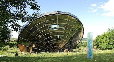 Un héliodome, habitat solaire, à Cosswiller en Alsace