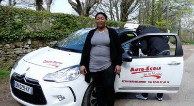 Un permis de conduire solidaire pour les femmes