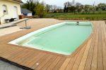 Un piscine dans une structure bois de MEWO-BOIS